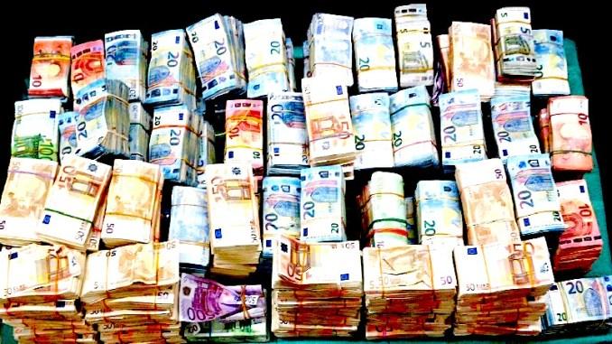 albanezen geld drugs amsterdam, miljoen cocaine albanezen, albanezen cocaine amsterdam