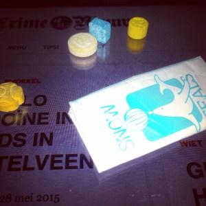 XTC pillen (MDMA) & een ponypack met cocaïne © crime nieuws