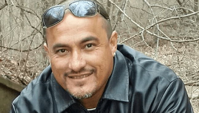 agenten mitch herniquez, agenten vervolgd henriquez, dood henriquez politie geweld