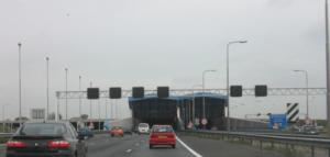 Schipholtunnel snelweg A4.
