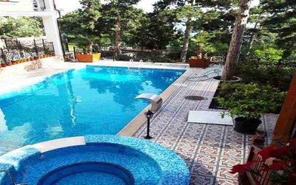 Снять коттедж с бассейном в Сосняке Ялта - Недвижимость в ...