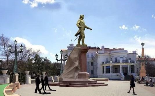 Правительство Севастополя выясняет, где установить памятник Потёмкину