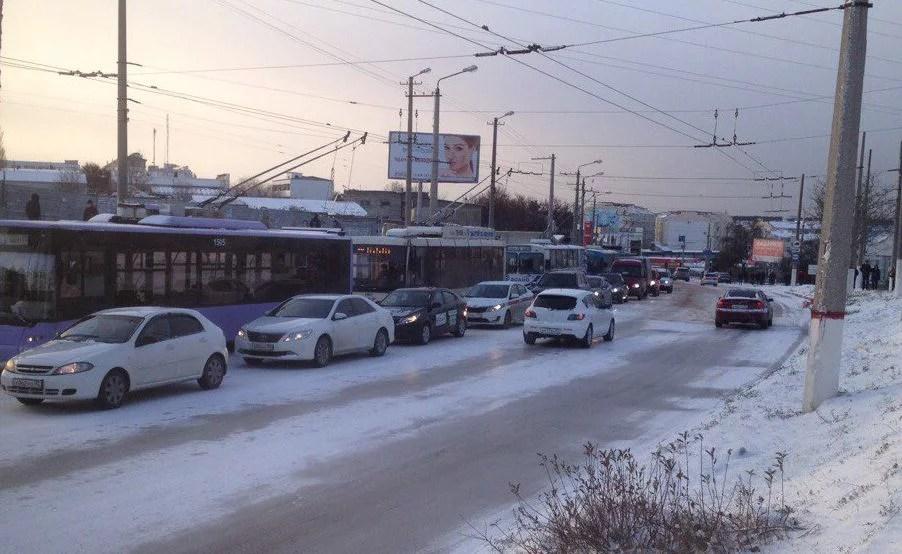 """Чиновники Севастополя о транспортном коллапсе: """"Может быть, судьба такая"""""""