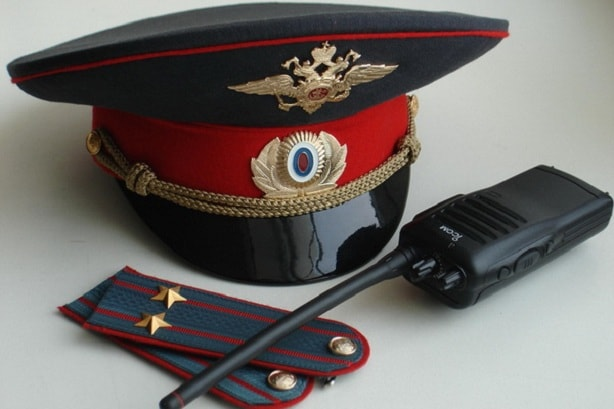 """В Ялте """"разыскивают"""" сотрудников полиции"""