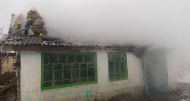 Отличился на пожаре. Житель крымского села спас из огня троих детей