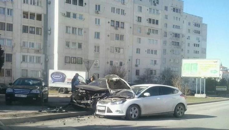 ДТП в Крыму: 17 февраля. В одной из аварий пострадали сразу шесть человек