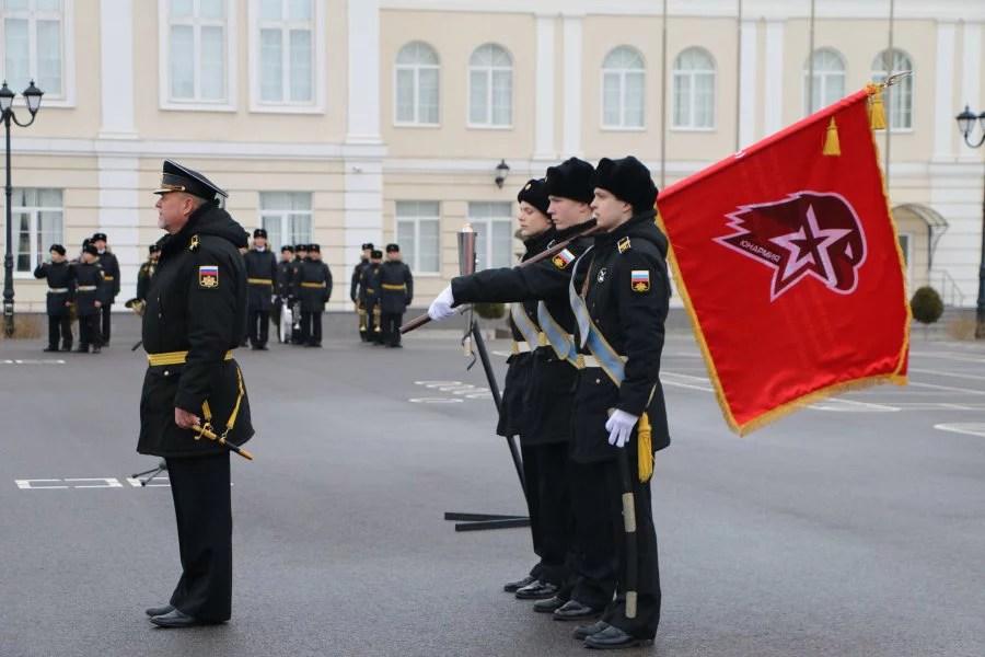 ВСевастополе вряды «Юнармии» вступило неменее 500 человек