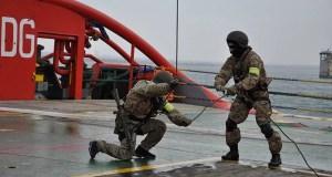 В ходе учений «Вихрь-МЭД-2017» была отражена «атака террористов» на газодобывающую платформу