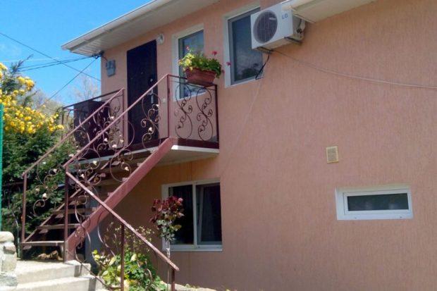 Госземинспекторы Крыма проводят законность размещения объектов недвижимости в Артеке