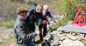 Крымские спасатели восстанавливают памятники в горах и лесах полуострова
