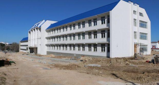 Власти Севастополя обещают, что школа в Казачьей бухте 1 сентября примет учеников