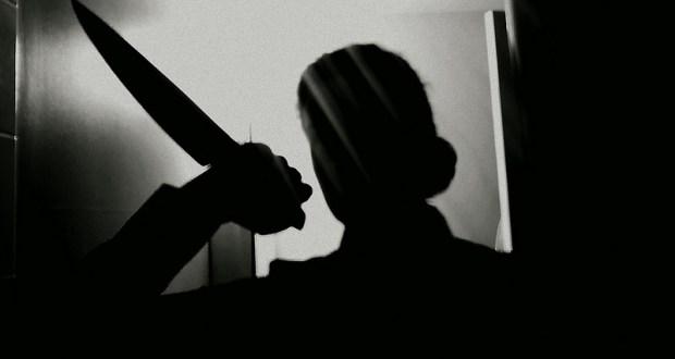 Жительница Симферополя пырнула ножом незнакомца