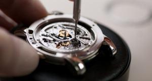 Особенности ремонта элитных часов