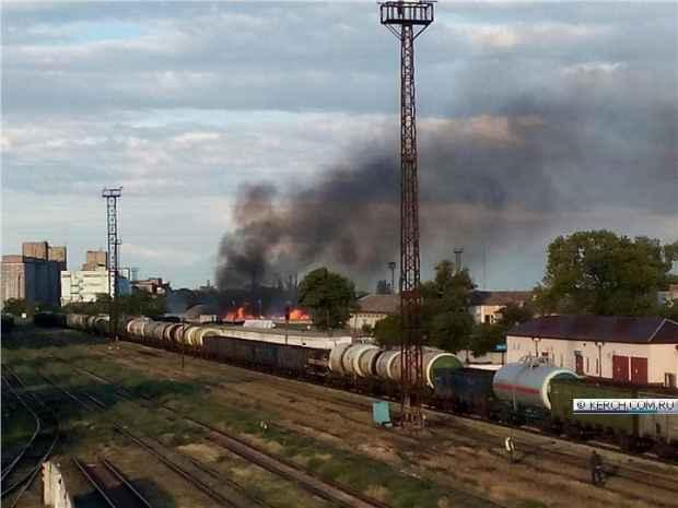 В четверг вечером в Керчи произошёл серьёзный пожар