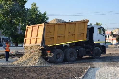 Все строительные работы у Центрального рынка Симферополя завершат к середине июля