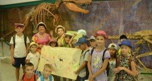 Дети, английский язык и динозавры... Что общего? Никитский ботанический сад!