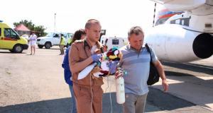 Спецборт МЧС России эвакуировал из Крыма тяжелобольного младенца