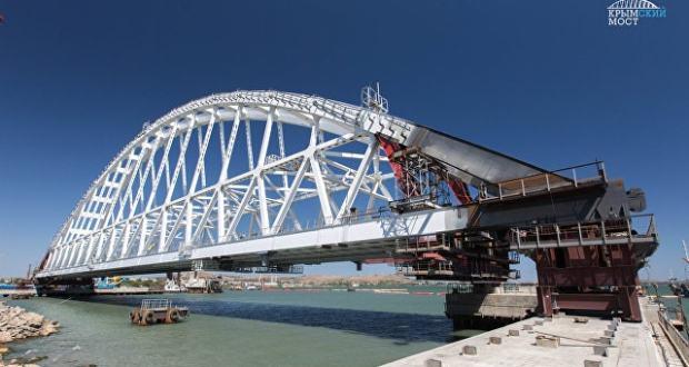 Ж/д арку для Керченского моста готовят к погрузке
