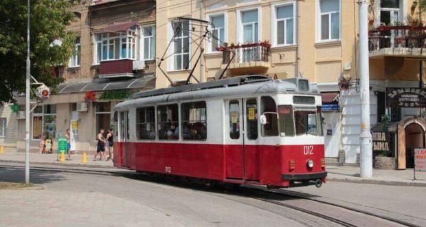 В Евпатории с 1 сентября проезд в трамвае будет стоить 13 рублей