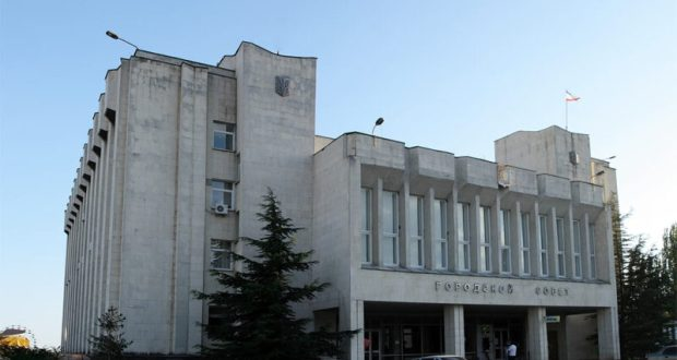 На должность главы администрации Судака претендуют Андрей Некрасов и Дмитрий Ткаченко