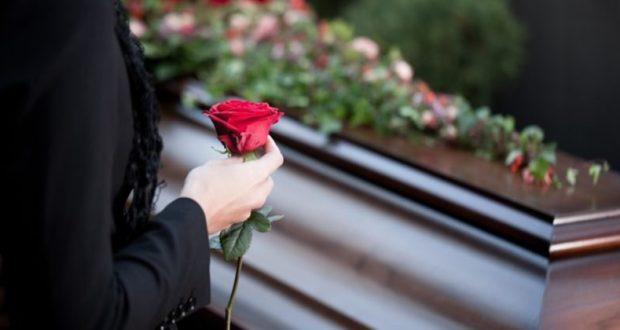 Слезы на погосте или, чего стоят бесплатные ритуальные услуги в Севастополе
