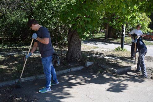 В Симферополе состоялся ежегодный межконфессиональный субботник