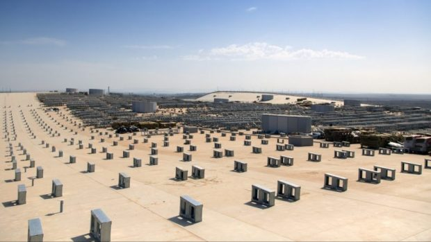Новый терминал аэропорта Симферополя теперь с крышей... В прямом смысле слова