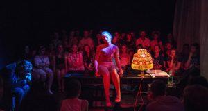 """В евпаторийском театре """"Золотой ключик"""" большая премьера для взрослых - «Аз есмь тварь»"""
