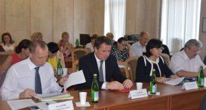 Губернатор Севастополя Овсянников распределил полномочия между своими замами