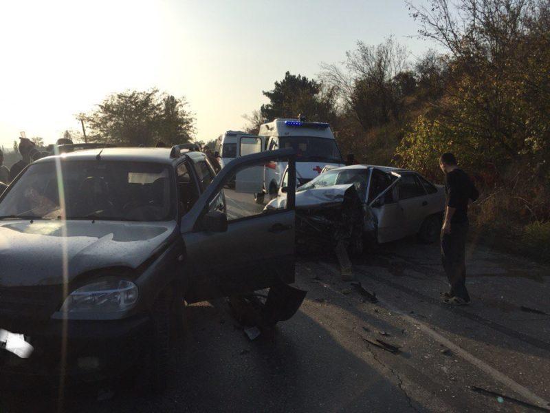 ДТП в Крыму: 18 октября. Двое погибших - не спасли своих водителей ВАЗы