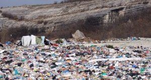 Активисты ОНФ в Крыму прошлись по дорогам и свалкам Бахчисарайского района