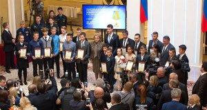 В Совете Федерации наградили детей-героев. Среди награжденных: двое юных крымчан