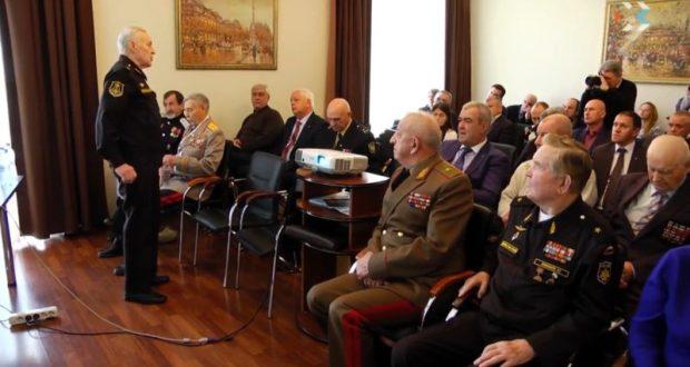 Севастопольский «Доброволец» пока влился в объединённый штаб в поддержку Владимира Путина