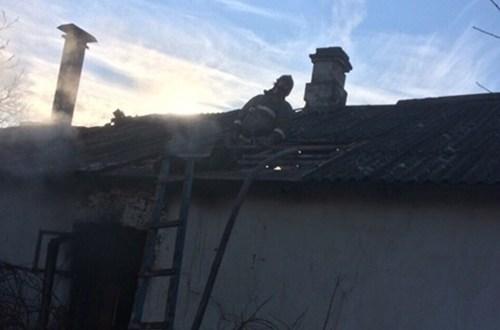 Два человека погибли на пожаре в крымском селе Широком