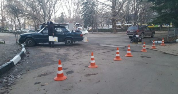В Симферополе парковка у Дворца Пионеров станет платной