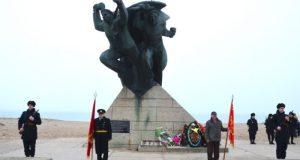 В Евпатории почтили память Евпаторийского морского десанта