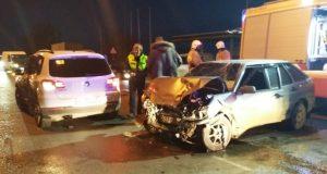 ДТП в Евпатории: столкнулись две легковушки. Оба водителя - в больнице, в тяжёлом состоянии