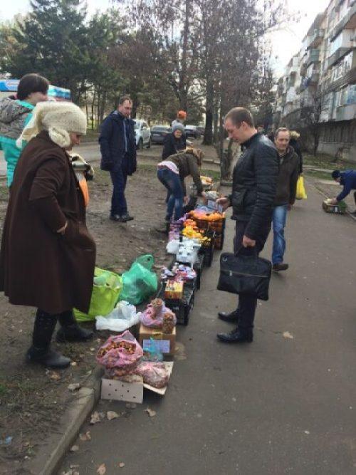 В Симферополе продолжается борьба со стихийными торговцами