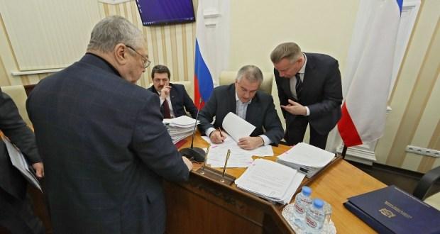 Глава Крыма пригрозил застройщикам-мошенникам прокуратурой