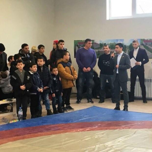 В симферопольском микрорайоне Каменка открыт новый спортивный комплекс