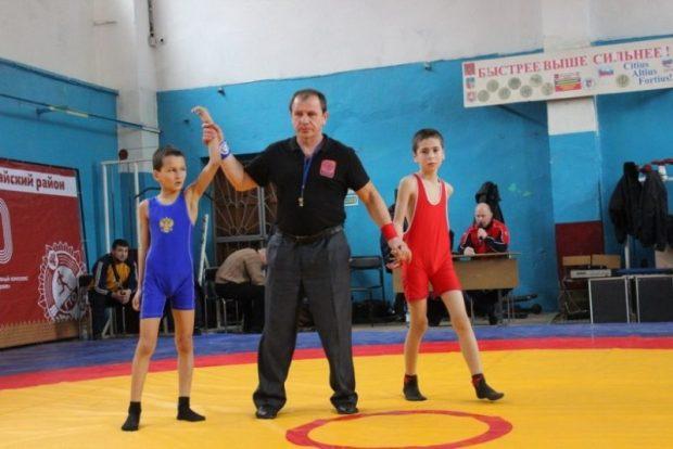 В Бахчисарае завершился Открытый Республиканский турнир по греко-римской борьбе среди юношей