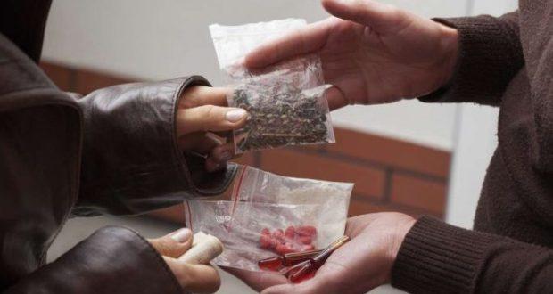 """Житель Симферополя, украв памперсы, """"обменял"""" их на наркотики"""