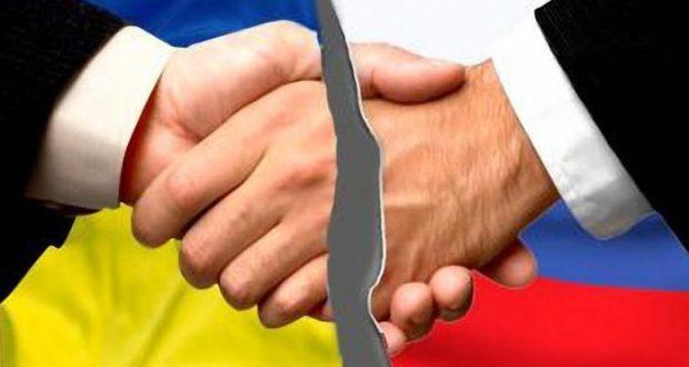 Тема войны Украины с Россией выгодна и Киеву, и Западу