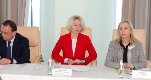 Руководитель Росреестра Виктория Абрамченко провела в Севастополе рабочую встречу