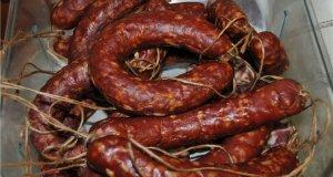 Ветеринарная служба Крыма выявила полтонны сомнительной колбасы
