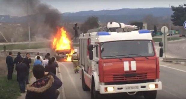 В воскресенье в Севастополе сгорела ГАЗель