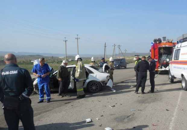 За минувшие сутки сотрудники МЧС Крыма трижды привлекались к ликвидации последствий ДТП