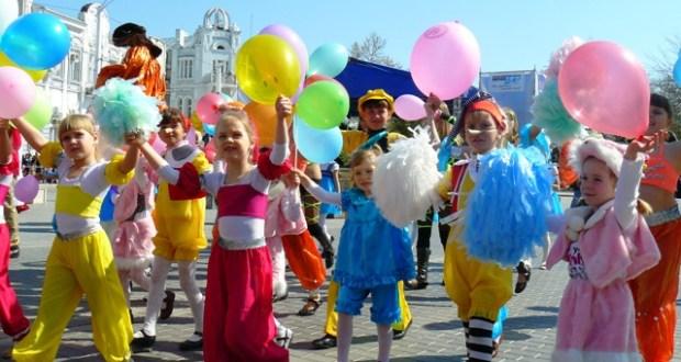 Курортный сезон в Евпатории откроют карнавальным шествием