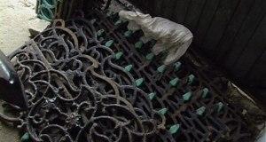 В Симферополе оперативниками задержан подозреваемый в краже чугунных оградок