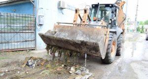 В Симферополе коммунальщики переведены на усиленный режим работы